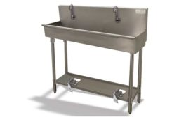 Multi-station sink from Advance Tabco